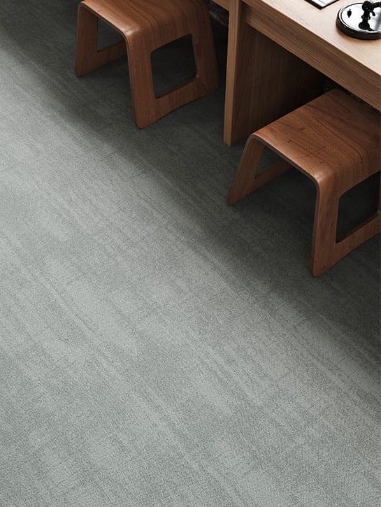 image 2 of 12 – Interfloor Marble – kleur 825 – detail gemêleerd tapijt