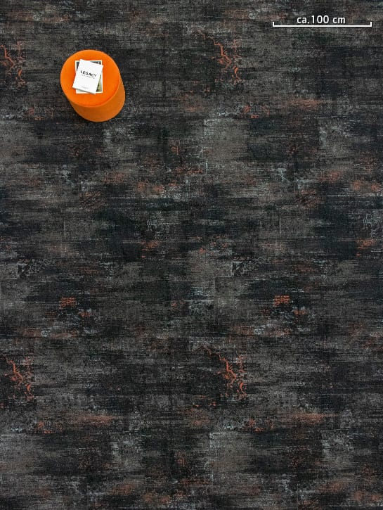 Image 8-17 – Mystique Earth 965 'Charcoal Rust' – Bovenaanzicht