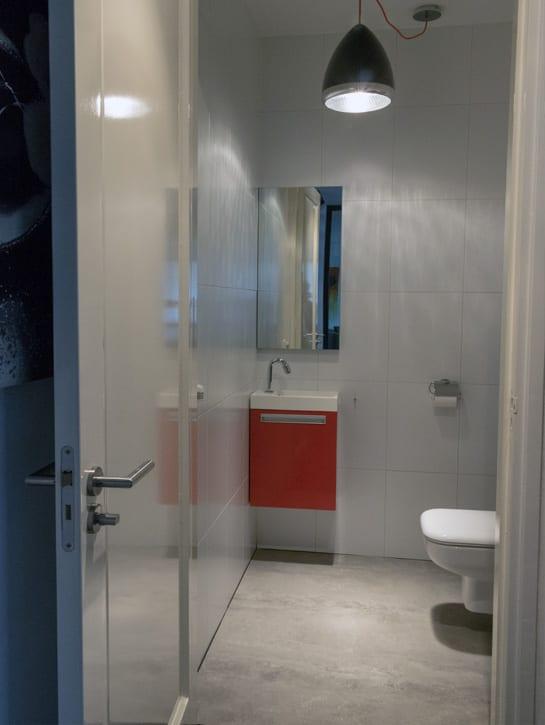 image 2 of 8 – Interfloor Dynamic Cemento – Kleur 609 -Vloer sanitaire ruimte toilet
