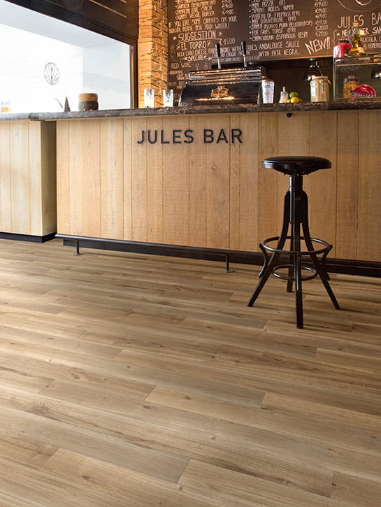image 4 of 8 – Dynamic Wood-XXL – kleur X91 – Restaurant bar