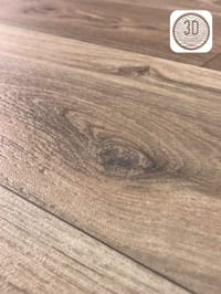 765D69_Interfloor-Dynamic-Wood-3D_Vinyl_Close-up