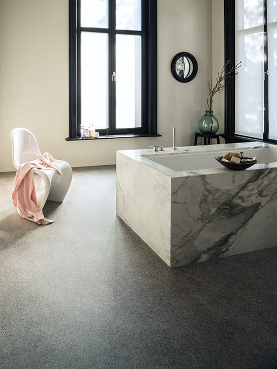 image 2 of 8 – Silkwoods-V specials – Terrazzo dessin 437 – Sanitaire ruimte