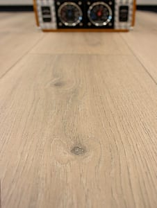 811_Interfloor-Living-Wood_close-up