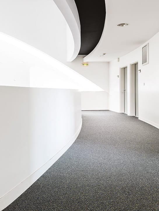 image 2 of 6 – Interfloor Neptunus Project ECONYL® Yarn – kleur 879 – Hal / Corridor