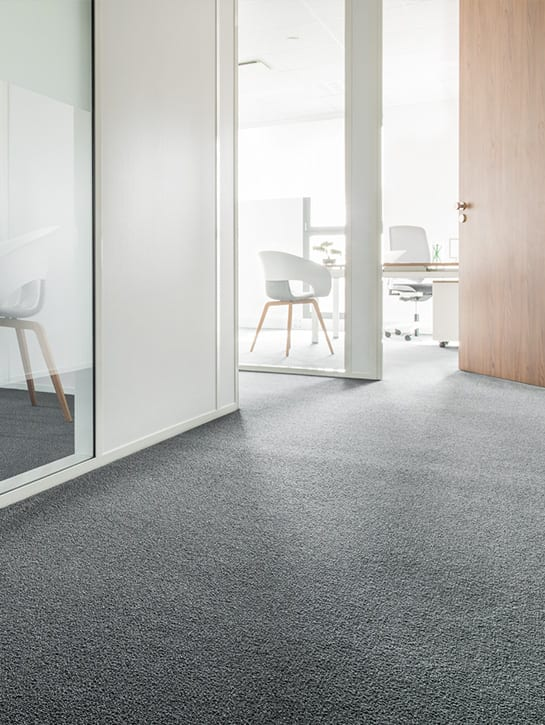 image 3 of 6 – Interfloor Neptunus Project ECONYL® Yarn – kleur 880 – Kantoor